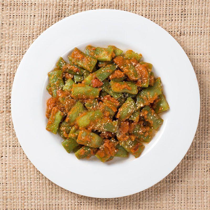 Judías verdes con tomate frito casero y almendras tostadas (500 gr.)