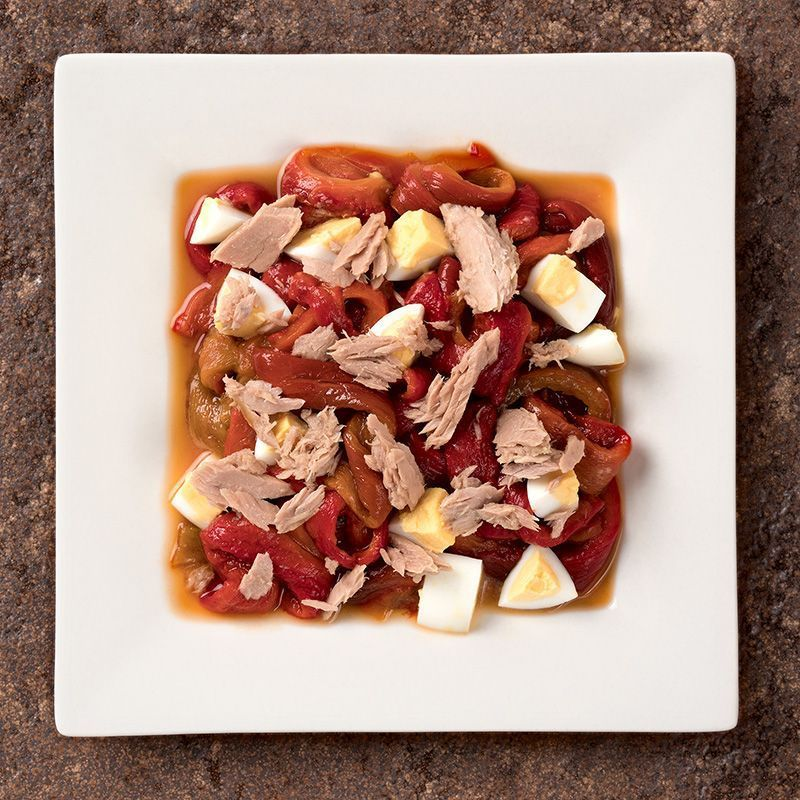Asadillo de pimientos rojos con atún y huevo (450 gr.)